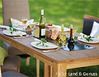Tisch im Naturlook