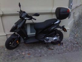 Ein Motorroller